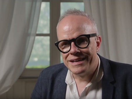 Hans Ulrich Obrist: Bringing Artists into the Political Discussions